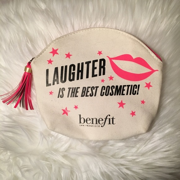 NWOT BENEFIT COSMETICS Makeup Bag